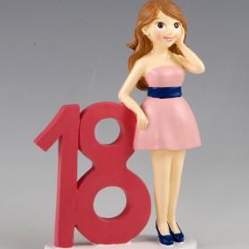 Figura para pastel 18 aniversario chica vestido rosa, 20cm.